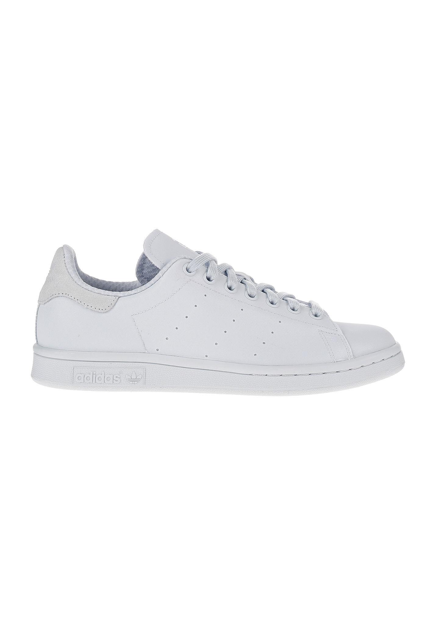 Acheter adidas stan smith belgique original pas cher ici en ligne avec le  prix le plus bas possible. Remises spéciales sur les nouvelles offres 2018. 654fd10a4ffe
