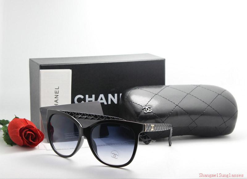 Acheter lunette de soleil pas cher femme chanel original pas cher ici en  ligne avec le prix le plus bas possible. Remises spéciales sur les  nouvelles offres ... 407ea6fd3529